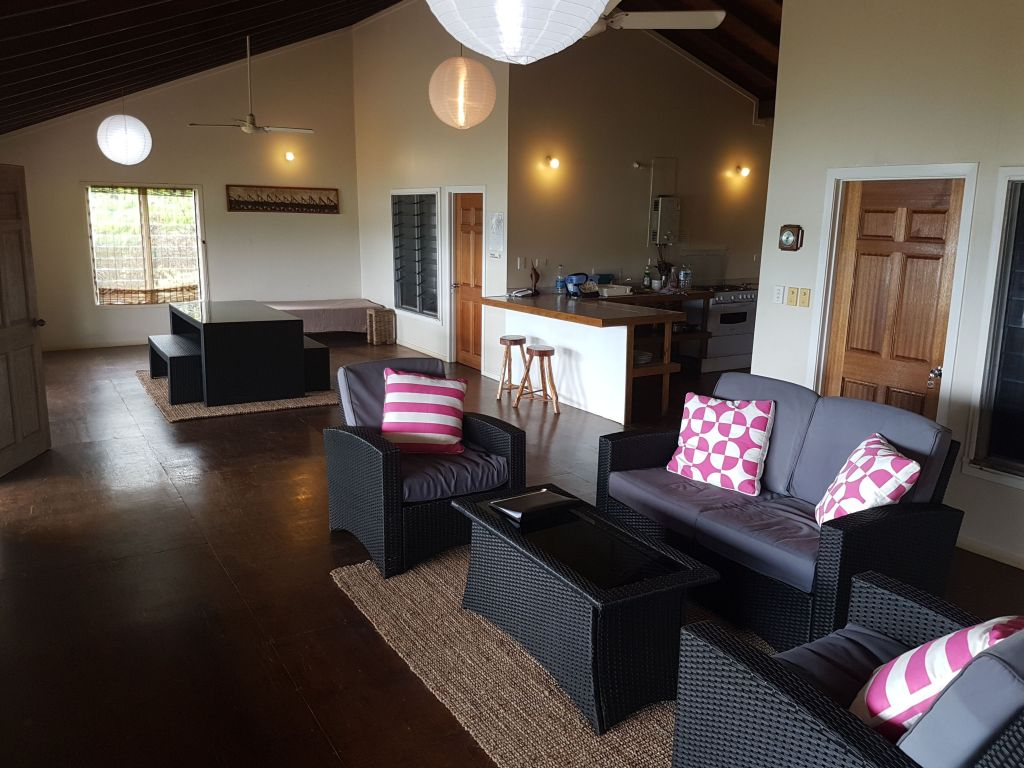Waterfront House   (USD Price)